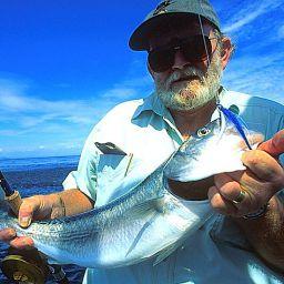 pesca a Fly Fishing nel reef Australiano: il Kahawai