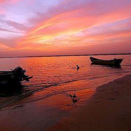 dopo una girnata di pesca a traina, la pace del tramonto alle Bijagos