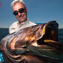 Costa Rica: nella zona Atlantica si pescano soprattutto i Tarpon e gli Snook, nel Pacifico tonni, Cubere, Ricciole, Lampughe, Wahoo, Vela, Marlin, Jack Crevalle, Roosterfish e cernie.