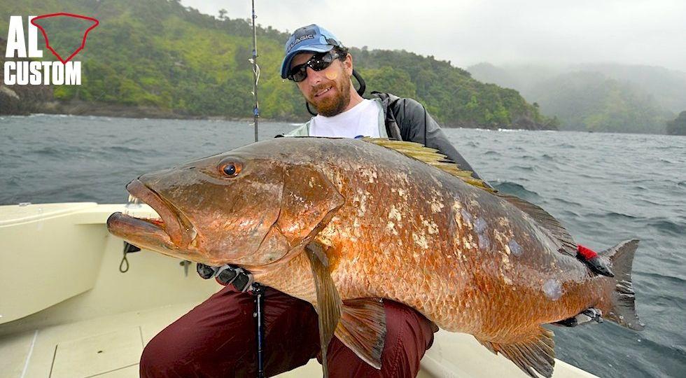 Per chi pesca con le esche artificiali, pescare a pelo d'acqua una cuberà costituisce senza ombra di dubbio il massimo della soddisfazione.