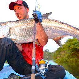 Tarpon: una vera e propria icona della pesca sportiva, la meta di tanti viaggi ai tropici nella speranza di poterlo insidiare. Insomma, una vera leggenda.