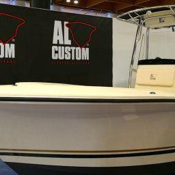 Fishing Boat AL CUSTOM AL21: fisherman in carbonio ad alte prestazioni in esposizione al Pescare Show di Vicenza