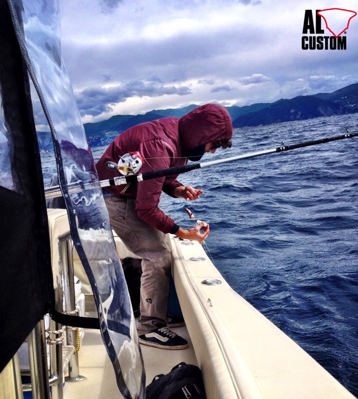 fishing attitude: a pesca sulla fishing boat ALCUSTOM AL21