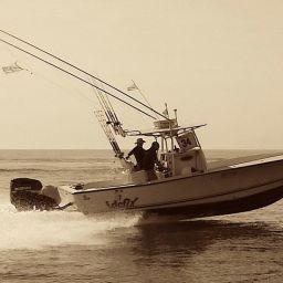 """Fishing boat ALCUSTOM AL25 """"Idefix"""" in perfetto assetto di navigazione veloce..."""