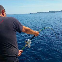 Drifting al tonno in top shot su fishing boat ALCUSTOM AL21