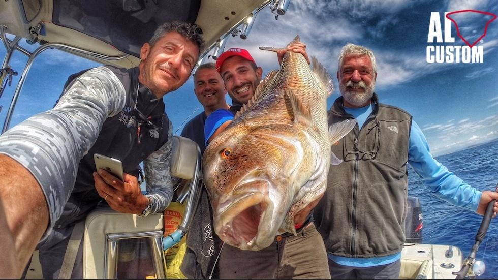 Fishing boat ALCUSTOM AL25: dentex in Coatia
