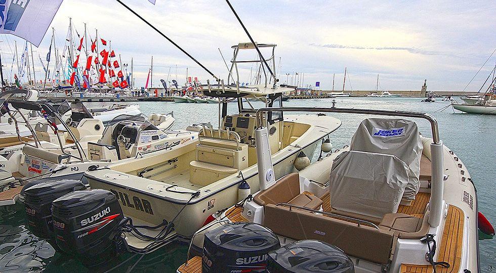 fishing boat ALCUSTOM AL30 al Salone Nautico di Genova