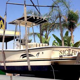 fishing boat ALCUSTOM AL21, consegna a Brucoli (Sicilia) del nuovo center console del cantiere di Andrea Lia.