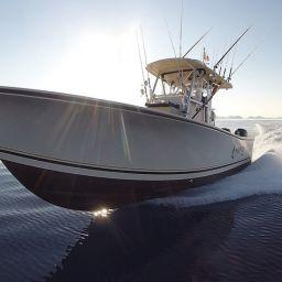 Fishing boat ALCUSTOM AL25 Malefica a pesca in Adriatico