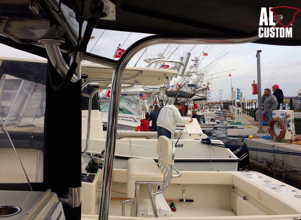Alaçati Big Fish Tournament, fishing boat in gara in Turchia. ALCUSTOM presente con 5 fisherman.